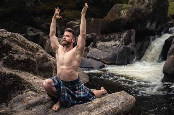 Yoga nackt buch