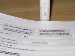 Die Steuererkl�rung ist f�r verpartnerte Paare eine teurere Angelegenheit als f�r heterosexuelle Ehepaare - Quelle: Thomas Brenner / flickr / cc by-sa 2.0