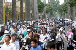 Ob die schwul-lesbischen CSD-Radler im Stra�engewimmel von Hanoi wohl auffallen? - Quelle: Wiki Commons / Cnyborg / CC-BY-SA-3.0