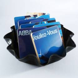 ABBA als Getr�nkeuntersetzer, Devotionalien f�rs Museum? - Quelle: McCoyCreations / flickr / cc by 2.0