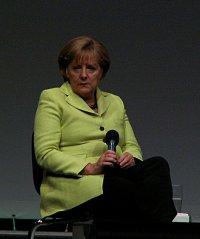 """Kanzlerin Angela Merkel (CDU) will im Wahlkampf nicht auf die Unterst�tzung vor evangelikalen Homo-""""Heilern"""" verzichten - Quelle: Hardo / flickr / cc by-sa 2.0"""