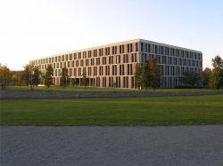 Das Bundesarbeitsgericht hat bereits mehrfach f�r Lebenspartner entschieden - Quelle: Wiki Commons / TomKidd / CC-BY-SA-3.0