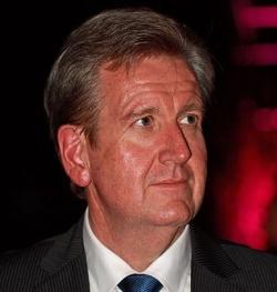 Der konservative Premierminister von New South Wales, Barry O'Farrell, unterstützt zwar die Ehe-Öffnung, will sie aber nicht auf regionaler Ebene durchsetzen - Quelle: Toby Hudson