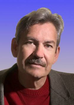 """Der Autor Benjamin Alire S�enz wurde 1954 in New Mexiko geboren und lehrt heute """"Kreatives Schreiben"""" an der University of Texas in El Paso - Quelle: Thienemann-Esslinger Verlag GmbH"""