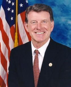 Gouverneur Butch Otter glaubt, dass Schwulen und Lesben das Recht auf Ehe nicht zusteht, weil die Wähler es in einem Volksentscheid abgelehnt haben - Quelle: United States Congress