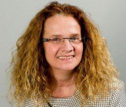 Cornelia Falken (Linke) glaubt nicht, dass die Regierung ohne Druck der Opposition etwas für LGBT-Schüler tut