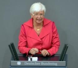 Will beim Adoptionsrecht nur nach einem neuen Urteil aus Karlsruhe aktiv werden: CSU-Landesgruppenchefin Gerda Hasselfeldt - Quelle: Deutscher Bundestag / Lichtblick / Achim Melde