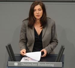 Katrin G�ring-Eckardt wird gemeinsam mit J�rgen Trittin die Gr�nen in den Bundestagswahlkampf 2013 f�hren - Quelle: Deutscher Bundestag/Lichtblick/Achim Melde