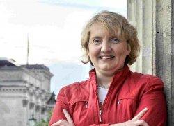 SPD-Generalsekret�rin Katja Mast wirft der CDU vor, am rechten Rand zu fischen