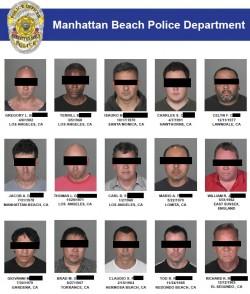 Die Polizei hat die betroffenen Männer auf ihrer Website geoutet. Die Bilder wurden auch in sämtlichen Lokalzeitungen und -nachrichtensendungen gezeigt (ohne Balken und unter Nennung des vollen Namens) - Quelle: Manhattan Beach Police Department