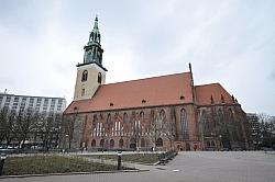 Die Marienkirche ist die die �lteste noch sakral genutzte st�dtische Pfarrkirche in der Hauptstadt - Quelle: Jorge Lascar / flickr / cc by-sa 2.0
