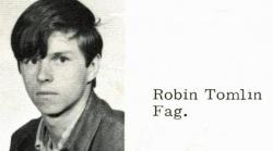 """Im Jahrbuch wurde Robin Tomlin als """"Schwuchtel"""" beschimpft"""