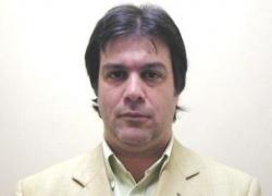 Der Abgeordnete Roy Cortina hat den Gesetzentwurf ins Parlament eingebracht: Er will damit die Bürgerrechte stärken
