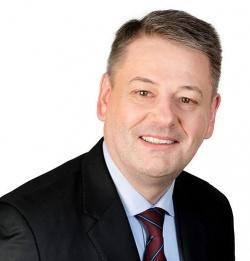 Andrä Rupprechter setzte sich als erster ÖVP-Minister für die Gleichstellung im Adoptionsrecht ein - Quelle: Bundesministerium für Land- und Forstwirtschaft, Umwelt und Wasserwirtschaft