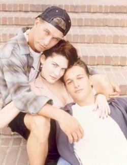"""Anfang der 90er Jahre spielte Stephen Baldwin (links) noch in der Sex-Kom�die """"Einsam zweisam dreisam"""" mit � heute steht er lieber f�r christliche Bekehrungsfilme vor der Kamera - Quelle: TriStar Pictures"""