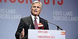 Bundeskanzler Werner Faymann (SPÖ) will mit der Volkspartei weiterregieren - Quelle: SPÖ / flickr / cc by-sa 2.0