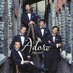 """Nach dem Ende ihrer gefeierten Deutschlandtour haben sich Adoro ins Studio begeben, um die Welt mit ihrem f�nften Album """"Tr�ume"""" zu verzaubern"""