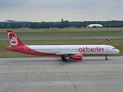 Für den guten Zweck hebt Air Berlin zumindest 2013 nicht ab - Quelle: Wiki Commons / Per aspera ad Astra / CC-BY-SA-3.0