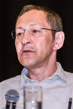 """Akif Pirin�ci hatte bereits in seinem Buch """"Deutschland von Sinnen"""" vor einer """"�berh�hung der abnormalen Sexualit�t"""" gewarnt - Quelle: Wiki Commons / Eckhard Henkel / CC-BY-SA-3.0"""