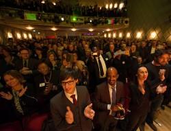 Standing Ovations für Alice Knom im voll besetzten Maxim-Gorki-Theater