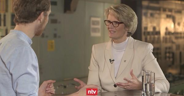 Bundes Bildungsministerin Einführung Der Ehe Für Alle War