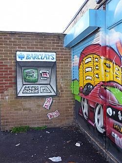Dieser Geldautomat ist zumindest gegen das sogenannte Skimming-Verfahren gesichert... - Quelle: Lydia / flickr / cc by 2.0