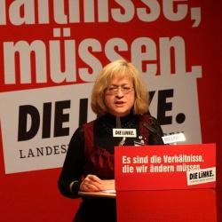 """Barbara Höll: """"Für die Linke sind soziale und Bürgerrechte gleich wichtig"""" - Quelle: dielinke_sachsen / flickr / cc by 2.0"""