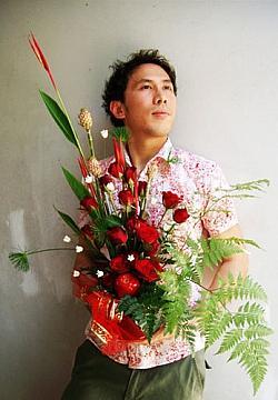 Dieses Blumen-Geschenk kommt sicher gut an am Valentinstag. Vor 08/15-Str�u�en sollte man jedoch besser die Finger lassen - Quelle: 69655052@N00 / flickr / cc by 2.0