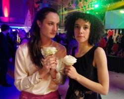"""Die beiden Regisseurinnen von """"Call Me Kuchu"""" auf der Berlinale: Katherine Fairfax Wright (li) und Malika Zouhali-Worrall"""