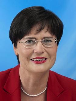 Christine Lieberknecht ist seit Oktober 2009 Ministerpräsidentin und CDU-Landesvorsitzende in Thüringen. Sie regiert in einer Großen Koalition mit der SPD