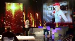"""Süße """"Buße"""": Daniele Negroni hat seinen ersten Auftritt im Fummel - Quelle: Screenshot RTL Now"""