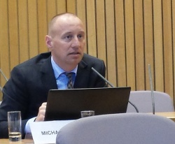 Michael Kauch sprach engagiert über die Anliegen von LGBT-Schülern. Mit der CDU hat er jedoch einen unsicheren Partner. - Quelle: nb