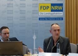 René Oehler (l.) und Bodo Busch erzählten vom Schulalltag