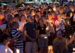Mehrere hundert Menschen nahmen an der Kerzenandacht teil