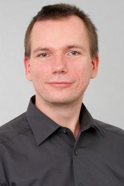 """Dr. Heinz-Jürgen Voß ist externe_r Mitarbeiter_in am Lehrstuhl Sprachwissenschaft und therapeutische Kommunikation an der Europa Universität Viadrina. 2010 promovierte er zur """"Dekonstruktion des Geschlechts aus biologisch-medizinischer Perspektive"""""""
