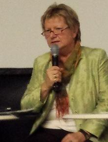Ministerin L�hrmann betonte, Ziel m�sse nicht die Duldung, sondern Akzeptanz von Minderheiten sein