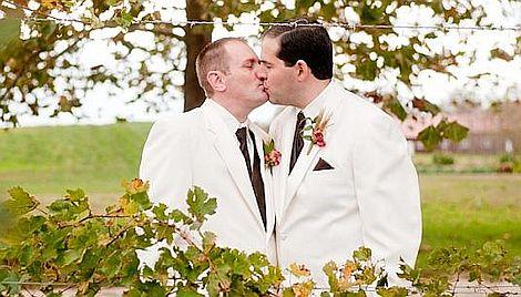Der Brautigam Was Mann Zur Hochzeit Tragen Sollte Queer De