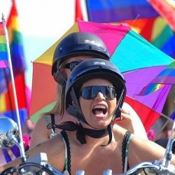 Flagge zeigen: Der Gay Pride Reykjavik, der jedes Jahr im August stattfindet, ist das größte Event der Insel
