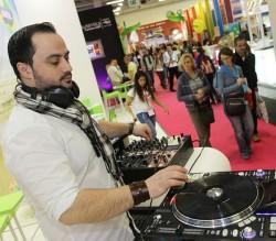 Im vergangenen Jahr heizte das Ausstellerland Brasilien den Besuchern des Pink Pavillons  mit einem DJ ein