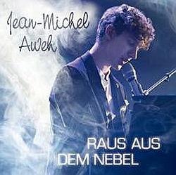 Der nachdenkliche Singer-/Songwriter aus Kassel komponiert, textet und produziert selbst