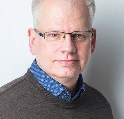 """Jens Korthals, geboren 1962 in Westberlin, arbeitet in der Berliner Literaturwerkstatt. """"Die Nachahmung von Leben"""" ist sein erster Roman"""