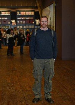 Für dieses Porträt ließ sich der Iserlohner Fotograf Jörg Meier außerhalb eines Cruising-Wäldchens ablichten