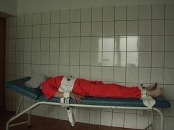 """Szene aus """"Der Unfertige"""": Klaus im Sklavenlager"""