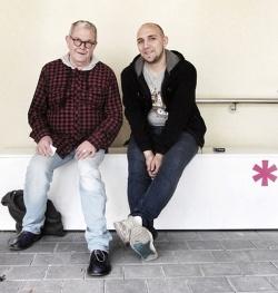 Raucherpause mit Darko aus Serbien, der seinen einj�hrigen Zivildienst im Schwulen Museum* absolviert - Quelle: Kevin Clarke