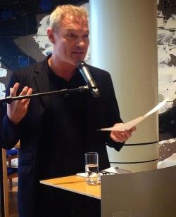 Klaus Nierhoff bei seiner Rede am vergangenen Freitag im D�sseldorfer Landtag. Der gr�ne Landtagsvizepr�sident Oliver Keymis hatte LGBT-Gruppen und -Vereine aus dem gesamten Bundesland zu einem Empfang eingeladen - Quelle: Arndt Klocke