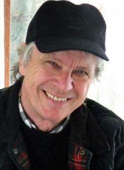 Knut Koch, Jahrgang 1941, lebt heute als freischaffender Schauspieler, Regisseur und Autor in Deutschland und Frankreich