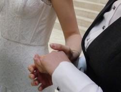 Zu den Vermählten zählte auch ein lesbisches Paar aus Russland