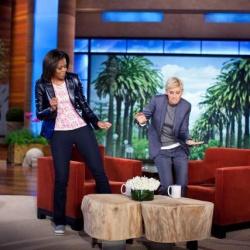 Ellen tanzt in ihrer Show mit Michelle Obama