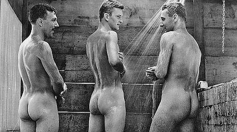 Nackte Soldaten: Fotos aus dem Krieg - SPIEGEL ONLINE