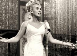Der Eurovision Song Contest machte sie bereits vor 50 Jahren unsterblich: Nora Nova, Jahrgang 1928, lebt heute in ihrer Geburtstadt Sofia